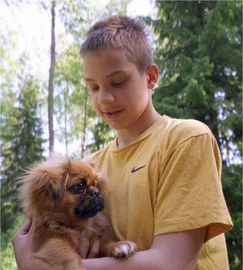 Niklas Laxström ja koira